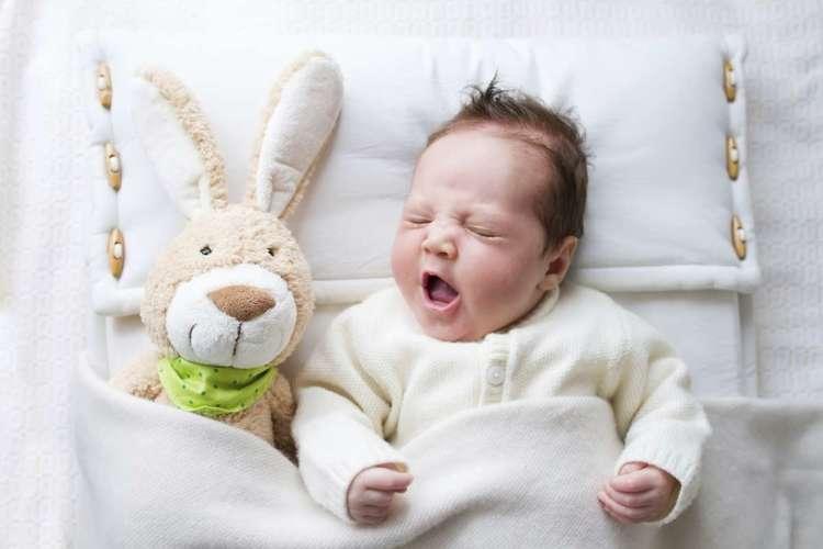 почему грудные дети плачут во сне