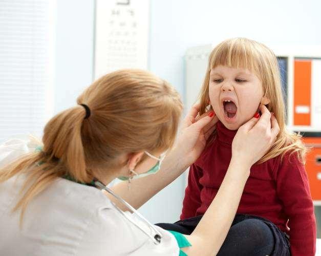 увеличенные лимфоузлы на шее у детей