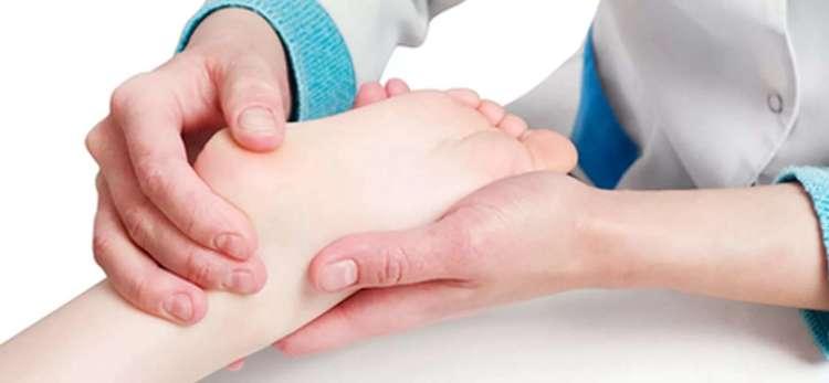 Почему появляется плоскостопие у малыша