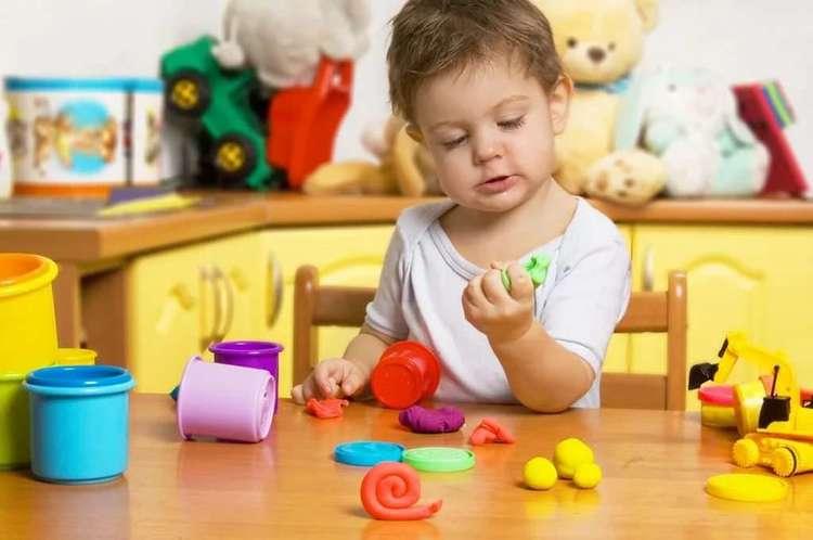 Как лепить из пластилина с ребёнком